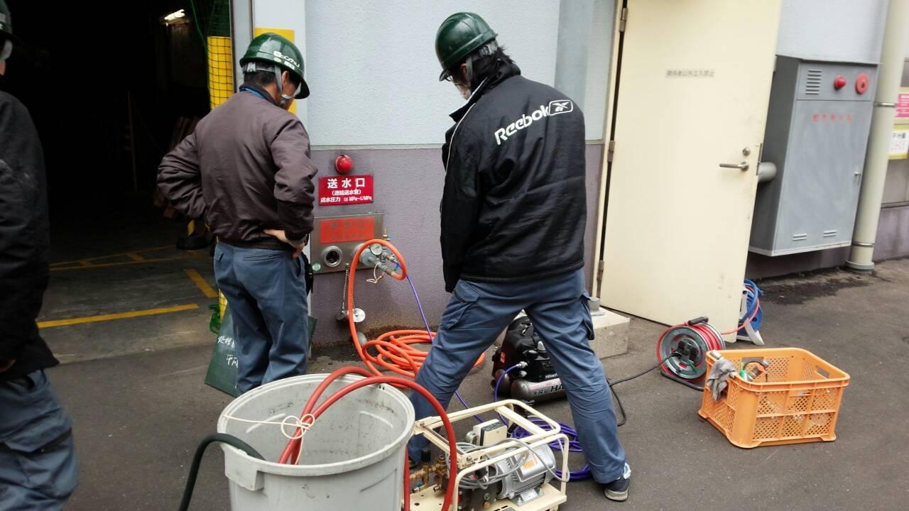 連結送水管耐圧試験1